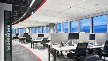 JLL office in Warsaw Spire,Poland,Warsaw,5.000 m²,Danuta Baranska,Creative Director Tétris,TEMEX,Bartosz Makowski,ROCKFON Color-all,D/AEX-edge,600x600,charcoal 09,ROCKFON System Bandraster Dznl/AEX™